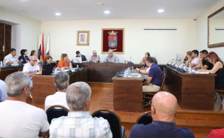 """Podemos Adeje cree de """"dudosa transparencia"""" el contrato municipal de la Residencia de Mayores"""